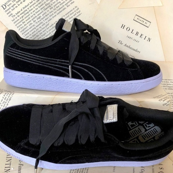 Puma black Velvet ribbon Lace Sneakers 41 10 8fd8fdf24